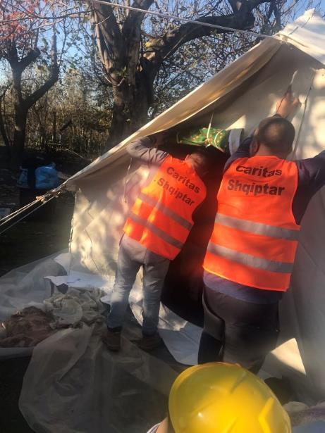 Karitas zbira pomoč za prizadete ob potresu v Albaniji