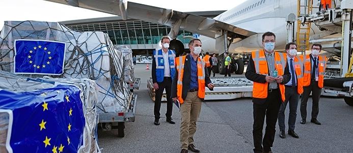 Evropska komisija vzpostavila humanitarni zračni most EU