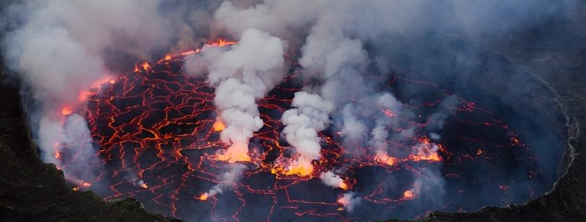 Jezero lave v Nyiragongu. Vir:Cai Tjeenk Willink/Wikimedia