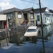 Posledica neurja Katrina v New Orleansu. Vir: Wikimedia Commons